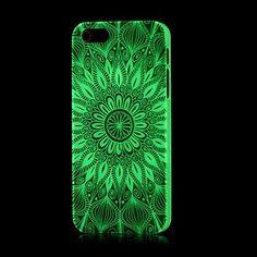 aztec mønster lyser i mørket vanskelig sak for iPhone 5 / 5s – NOK kr. 24
