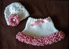 Newborn  3 Months  Baby Girl Skirt and Hat by OohSoChicBoutique, $40.00