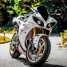 Sweet Bike! #BikeLife #Sportbike #Motorcycle #Bike #Ride #Motorbikes…