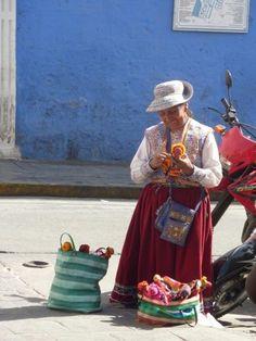 Les dames d'Arequipa n'ont pas du tout le même costume que les dame de Huaraz…