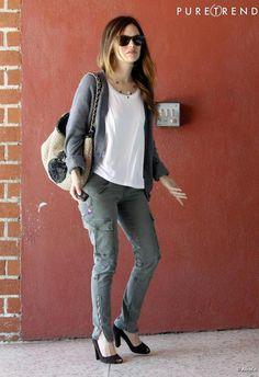 Rachel Bilson, casual chic avec son sac Chanel à Los Angeles