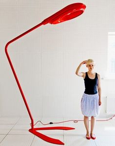 Lampy dekoracyjne to jedna z najważniejszych gałęzi systemów oświetlenia domów i mieszkań, dzięki którym zmieniają one swoje oblicze, podnoszą całkowitą wartość estetyczną pomieszczenia i zapewniają nam komfort życia. Zobacz najciekawsze propozycje dekoracyjnego oświetlenia najlepszych uznanych producentów lamp dekoracyjnych. Zobacz http://oryginalne-lampy.pl/tutaj-znajdziesz-najpiekniejsze-lampy-swiata