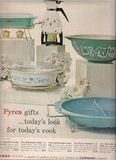 Pyrex Ad - Starburst, Meadow, Bluebelle delphite, carafe, Salad Bowl (aka Fetus)