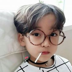 ulzzang kids by: Baby Boy Swag, Cute Baby Boy, Cute Kids, Baby Kids, Cute Asian Babies, Korean Babies, Asian Kids, Cute Babies, Child Models