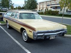 1973 Dodge Monaco wagon
