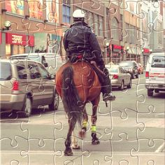 Watch the new #puzzle for today: Police montee, Toronto.  Get it for #free on #Appstore & #GooglePlay and #enjoy one of most #relaxing #puzzle game for #iphone,#ipad and #Android.