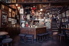 "Tales from the bar - London's ""great pubs"""