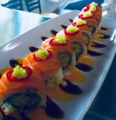 My Sushi, Sushi Love, Cookbook Recipes, Cooking Recipes, Cooking Food, Sushi Comida, Dessert Chef, Tempura Recipe, Sushi Roll Recipes
