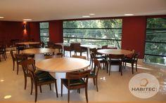 Salão do Edifício Residencial Tour Garden. Rua Presidente Carlos Cavalcanti, 203 - Centro, Curitiba - Paraná.
