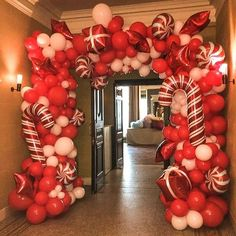 50 Best Candy Cane Christmas Decorations which are the Sweetest things you've Ever Seen - Hike n Dip Can't get enough of candy canes? Learn how to decorate your home for Christmas with these Candy Cane Christmas Decorations Ideas right here. Christmas Balloons, Christmas Party Decorations, Xmas Party, Christmas Themes, Christmas Party Backdrop, Christmas Candles, Christmas Arch, White Christmas Party Theme, Christmas Crafts