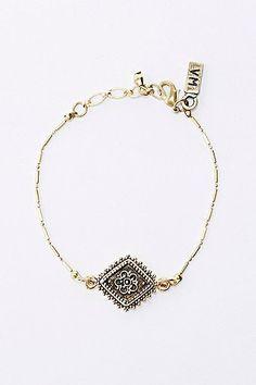 Vanessa Mooney The Diamond Lace Bracelet in silver