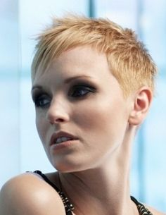 Very Short Hairstyles for Super Simple Women - Short Hairstyles Pictures 2012 | Women Haircuts