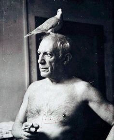 men with things on their heads - Picasso