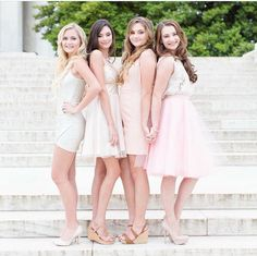 Homecoming Group Pictures, Prom Pictures, Dance Pictures, Homecoming Ideas, Senior Photography Poses, Group Photography, Portrait Inspiration, Photoshoot Inspiration, Squad Pictures