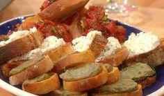 Ricotta, Garlic and Honey Bruschetta #appetizers