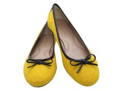 Sapatilha Ballerina Amarela, DE R$69,90 POR R$49.90 + frete grátis! Para verificar a numeração e efetuar a compra é só entrar em contato pelo e-mail: vendas@sapatilhashop.com.br