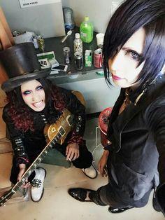 Satoshi & Yuuki - Lycaon