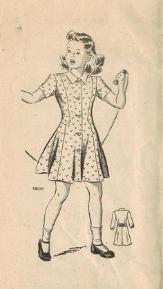 9260 correo: Uso este patrón de costura vintage años 1940 para las niñas a coser un espectador encantador vestido con líneas de princesa y una cintura con forma de gota - perfecto de partido!  Características del vestido incluyen: -Blusa cabida con contornos líneas princesa que cae por debajo de la cintura y correr a la parte posterior -paneles de blusa delantero una pieza con la falda del centro -acampanada falda -Escote Joya -cuello convertible -cierre de botón frontal de longitud…