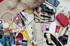 How To Keep A Clean and Organized Purse