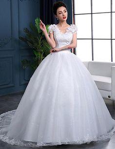 De Baile Vestido de Noiva Cauda Capela Decote V Renda / Organza / Cetim com Renda / Babados / Paetês de 4927421 2016 por R$304,17