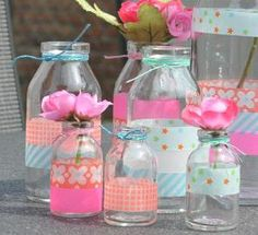 DIY gift wrapping with washi tape and kraft paper Diy Décoration, Diy Crafts, Deco Table Noel, Washi Tape Crafts, Glass Bottle Crafts, Glass Bottles, Decorative Tape, Mason Jar Crafts, Diy Projects To Try
