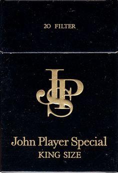 JPS John Player Special 20 Filter     Продаден в  Швейцария  Произведено в  Великобритания в?     Производител: John Player & Sons << i> Собственик на марката: John Player & Sons  Концентрация на никотин: 1,2 / 15 /   Височина / ширина / дълбочина (mm) : 87/59/22  Отворен тип    Състояние : 3D форма   ДВОЙНИ АВТОМАТИЧНИ : НЕ