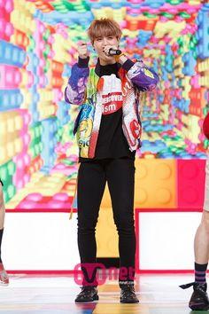 "Cr. Mcountdown website Got7 "" just right"" photos #got7#mark#bambam#jackson#junior#jaebum#yugyeom#youngjae"