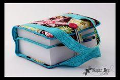 Capa para bíblia em tecido é linda e funcional (Foto: sugarbeecrafts.com)