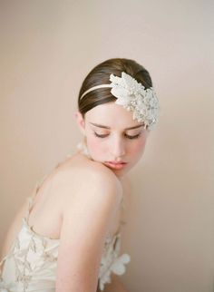 another veil alternative with a vintage vibe, photography by elizabeth messina