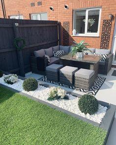 Back Garden Design, Small Backyard Design, Modern Garden Design, Backyard Garden Design, Small Backyard Landscaping, Contemporary Garden, Garden Turf, Backyard Ideas, Outdoor Patio Designs
