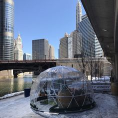 WEBSTA @ chicagobucketlist - Heated drinking igloos are now open on the Chicago Riverwalk!! ❄️Tag your drinking squad and reserve a 6-8 person River Dome through April!! Bit.ly/riverdomes :@chicagobucketlist #chicagobucketlist