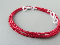Red Eyeglass Chain. Cherry Red Eyeglasses Necklace. por HalfSnow, $22.00