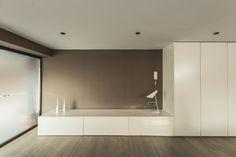 Proyecto de interiorismo, mobiliario y decoración de Salón en vivenda unifamiliar. https://www.behance.net/gallery/40622973/SALON-VIVIVENDA-UNIFAMILIAR