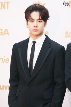 Handsome and perfect Jackson Wang of Got7 #Teamwang