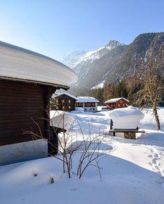 Champex, Valais, Wallis, This is @PaysDuSaintBernard  #MyPsb (Last winter) Have a nice day... #Switzerland_Vacations