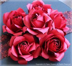 ペーパーフラワーでウェルカムボードの画像 | Paper Flowers 〜クラフトパンチや花紙で作る立体のお花いろ…