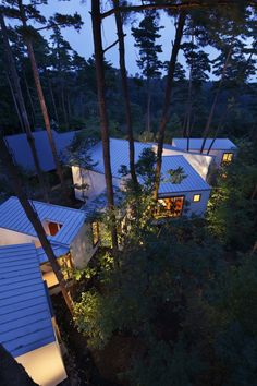 Keisuke Kawaguchi+K2-Design / Residence of Daisen https://www.facebook.com/pages/TOP-HOME-XXX/373272136183924?fref=ts