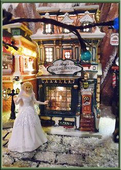 Lemax Amy's Bridal Shoppe