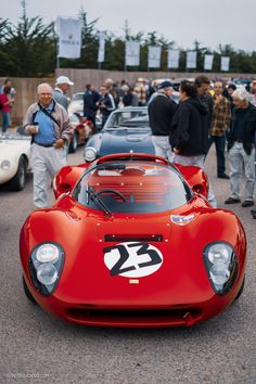 Ferrari mix with the sound of the surf during Monterey Car Week Vintage Racing, Vintage Cars, Vintage Auto, Sport Cars, Race Cars, Chevy Chevelle Ss, Ferrari Racing, Car Racer, Cars Uk