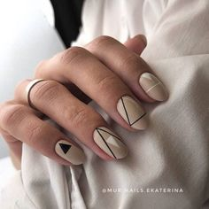 Installation of acrylic or gel nails - My Nails Love Nails, My Nails, Shellac, Trendy Nails, Natural Nails, Beauty Trends, Nail Art Designs, Manicure, Nail Polish