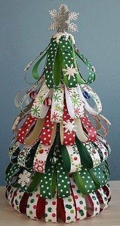 Kerstboom van papierscraps