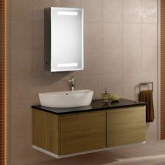 LED ILLUMINATED BATHROOM MIRROR CABINET WITH INFRA-RED SENSOR 03 - 610mm x 380mm x 115mm