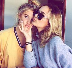 Selfi with friend Love My Best Friend, Best Friend Pictures, Best Friend Goals, Best Friends, Friend Pics, Squad Pictures, Bff Pictures, Friendship Photoshoot, Ft Tumblr