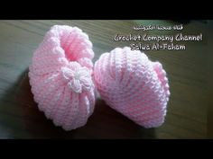 Learn how to make this adorable crochet baby booties! These booties make a heartfelt gift for your newborn niece and nephews or any cute child in your life! Baby Booties Knitting Pattern, Crochet Beanie Hat, Booties Crochet, Crochet Baby Booties, Baby Knitting, Crochet Hats, Knitted Baby, Free Crochet, Crochet Butterfly Pattern