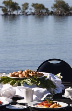 Breakfast under the palms at Copthorne Bay of Islands #food #travel #newzealand