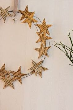 Couronne de Noël (papier et fil de fer) - Christmas crown of paper stars