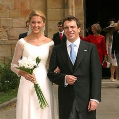 Noblesse & Royautés » Wedding of Infanta Victoria of Bourbon Two-Sicilies, youngest daughter of Infante Carlos, Duke of Calabria and his wife Anne, Princess of France, and Markos Nomikos, September 27, 2003.