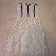 Urban Outfitters Strapless lace dress Worn once but it is too small for me! A stylish dress for graduation or homecoming Urban Outfitters Dresses Strapless