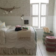 Bedroom with colored baskets that I think are from Serena & Lily. Dream Bedroom, Bedroom Wall, Girls Bedroom, Bedroom Inspo, Bedroom Ideas, Bedrooms, Upstairs Bedroom, Master Bedroom, Farmhouse Wallpaper