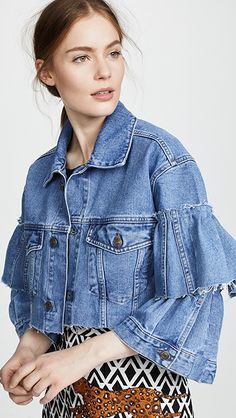 46 new Ideas womens vintage outfits jackets Fashion Jeans, Fashion Outfits, Ropa Upcycling, Business Mode, Mode Jeans, Denim Ideas, Recycled Denim, Denim Outfit, Look Chic